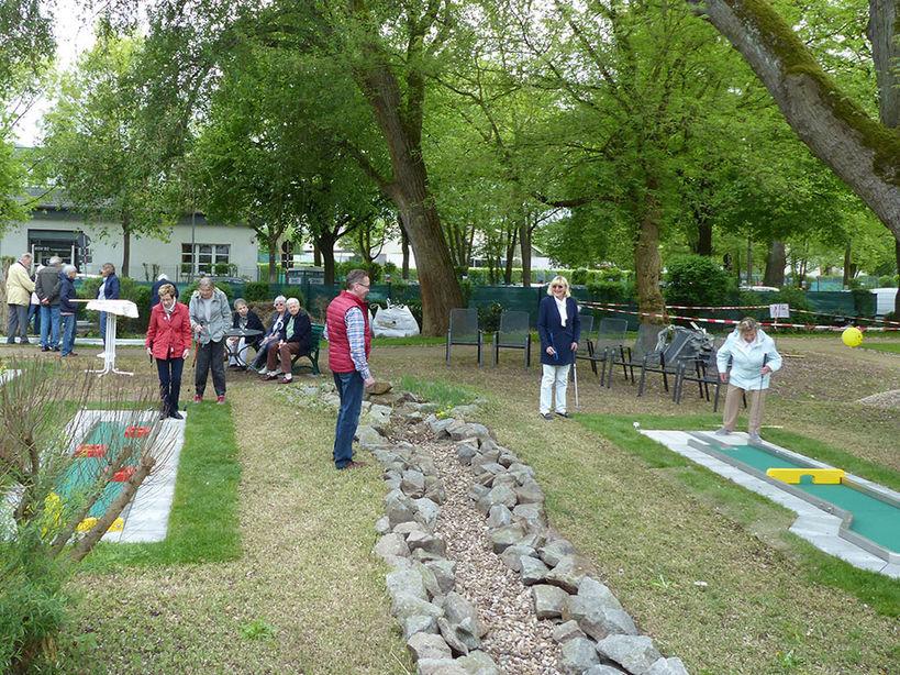 KWA Stift im Hohenzollernpark: die Minigolfanlage