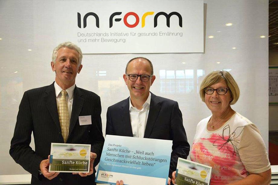 Hermann Huckert (Referent Bundesministerium für Ernährung und Landwirtschaft); Dr. Stefan Arend (KWA Vorstand), Karin Ihringer (KWA Marketing)