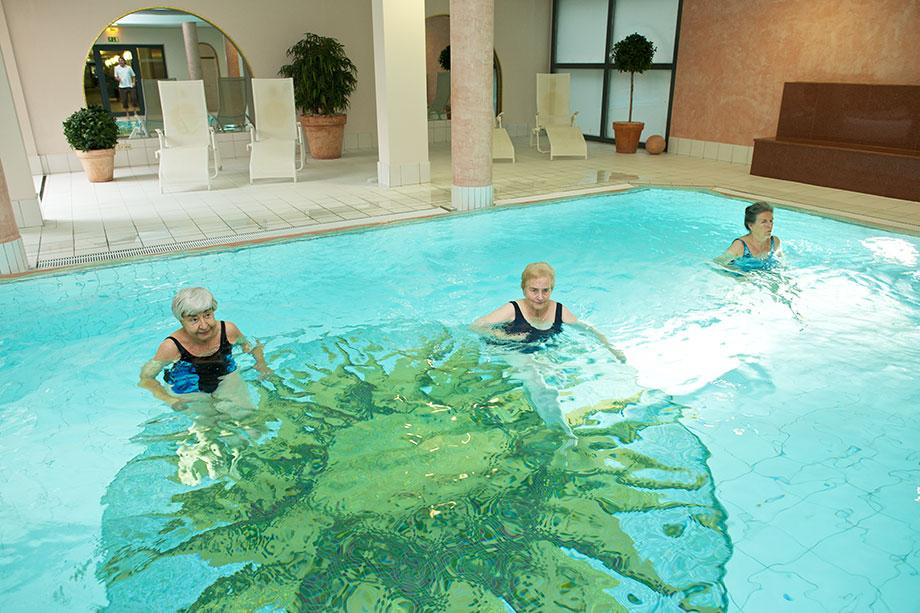 Schwimmbad im KWA Stift im Hohenzollernpark