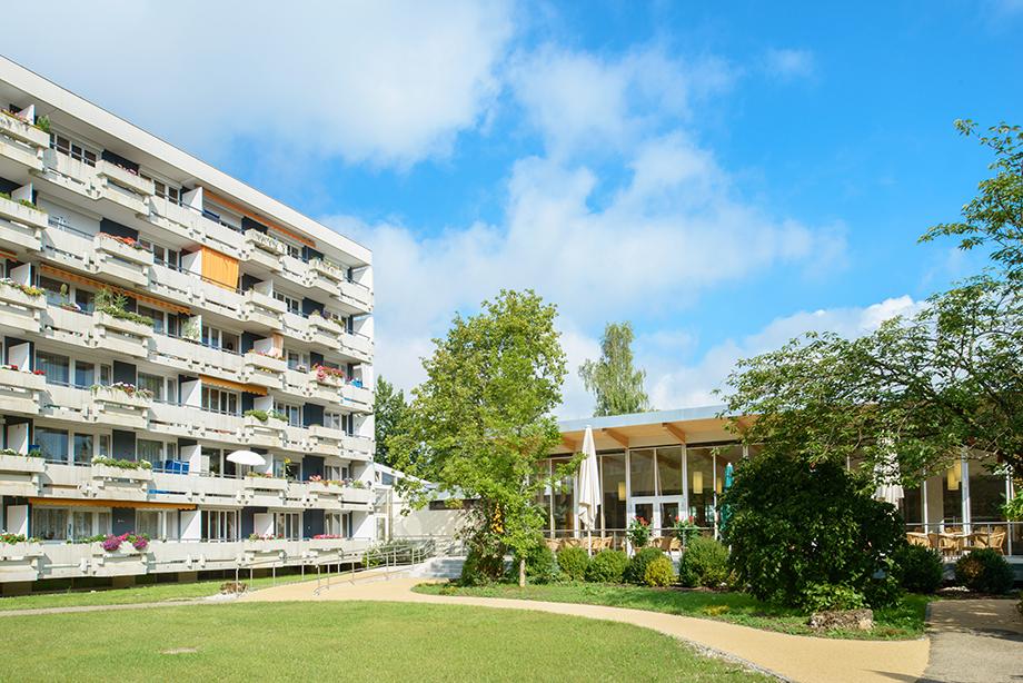 KWA Hanns-Seidel-Haus in Ottobrunn, Gartenansicht