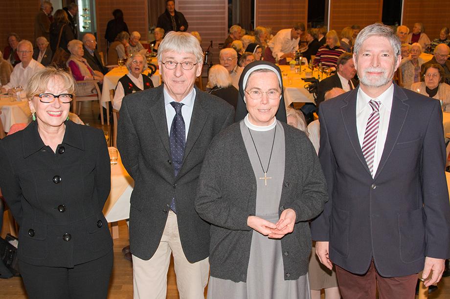 Beim 45. Talk in der Rosenau: v. l. Marina Gernard, Stephan Schmutz, Schwester Josepha, Herbert Schlecht