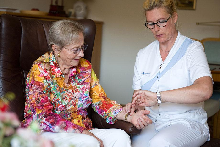 Ambulante Pflege in der Wohnung im KWA Stift Rupertihof in Rottach-Egern