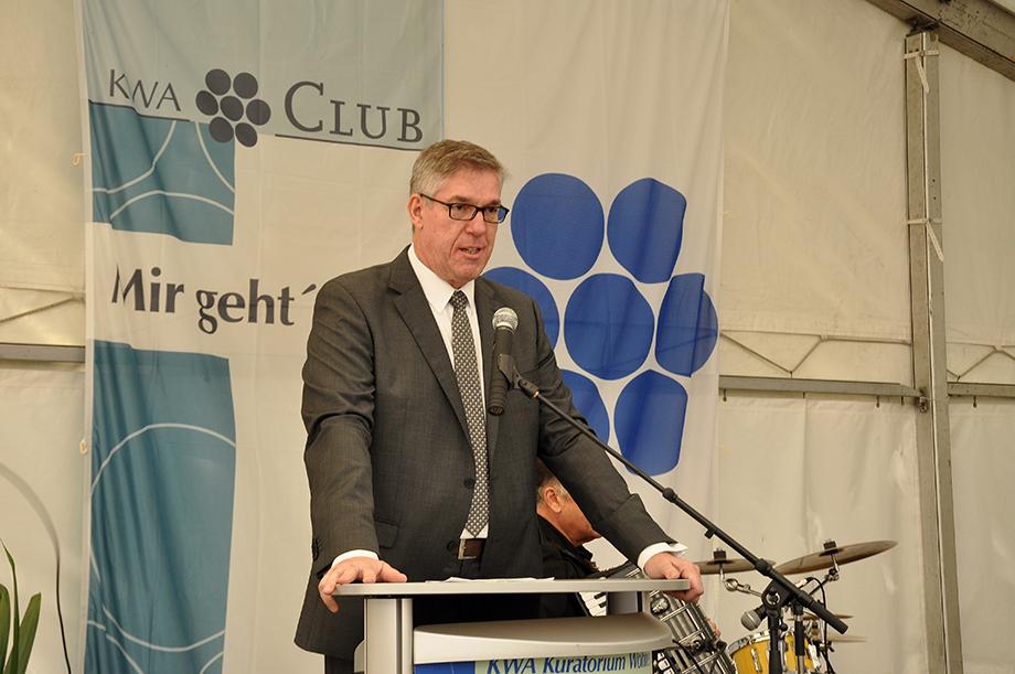 Arnd-Werner Schug, KWA Stiftsdirektor