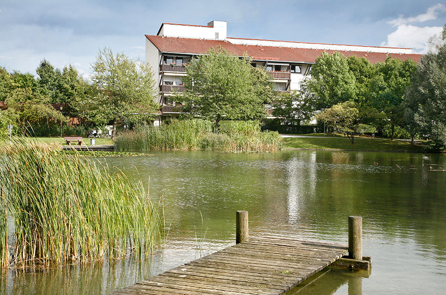 KWA Stift am Parksee in Unterhaching, Blick vom See