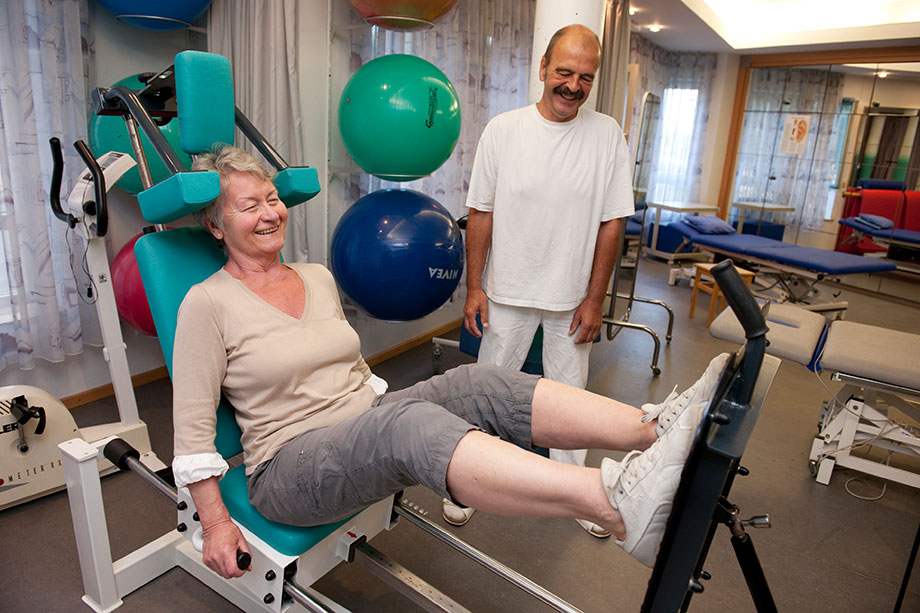 Physiotherapie im KWA Albstift Aalen