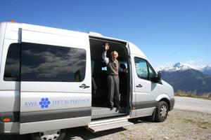 Mit dem hauseigenen Bus in die Berge