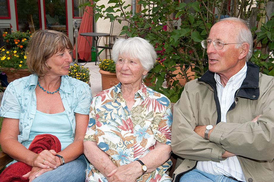 Familienbesuch im KWA Luise-Kiesselbach-Haus
