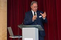 Reiner Kasperbauer, Geschäftsführer des MDK Bayern