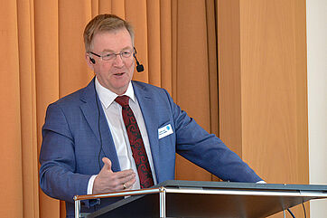 Staatssekretär Andreas Westerfellhaus als Gastredner des KWA Symposiums 2019