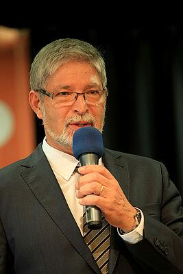 Gastgeber Herbert Schlecht, Stiftsdirektor im KWA Parkstift Rosenau in Konstanz