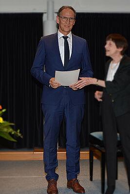 Manfred Zwick im KWA Albstift Aalen: Nach 19 Jahren als Stiftsdirektor wurde er in die KWA Zentrale nach Unterhaching berufen; dort übernimmt er als Prokurist übergeordnete Aufgaben.