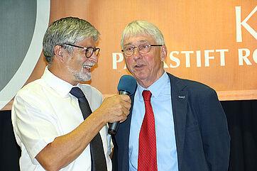 Stiftsdirektor Herbert Schlecht und Talkmoderator Stephan Schmutz (rechts)