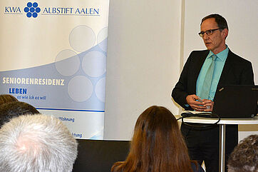 Manfred Zwick, Stiftsdirektor im KWA Albstift Aalen