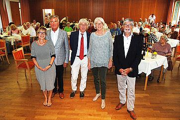 Von links: Talkmanagerin Marina Gernard, KWA Aufsichtsrat Wolf-Dieter Krause, Talkmoderator Stephan Schmutz, Talkgast Christa Albrecht, KWA Stiftsdirektor Herbert Schlecht