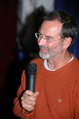 Professor Dr. Hans Förstl (Direktor der Klinik und Poliklinik für Psychiatrie und Psychotherapie an der TU München) referierte über das menschliche Gehirn