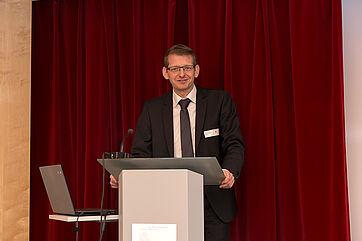 Dr. Bernhard Opolony, Leiter der Abteilung 4 – Pflege und Prävention am Bayerischen Staatsministerium für Gesundheit und Pflege