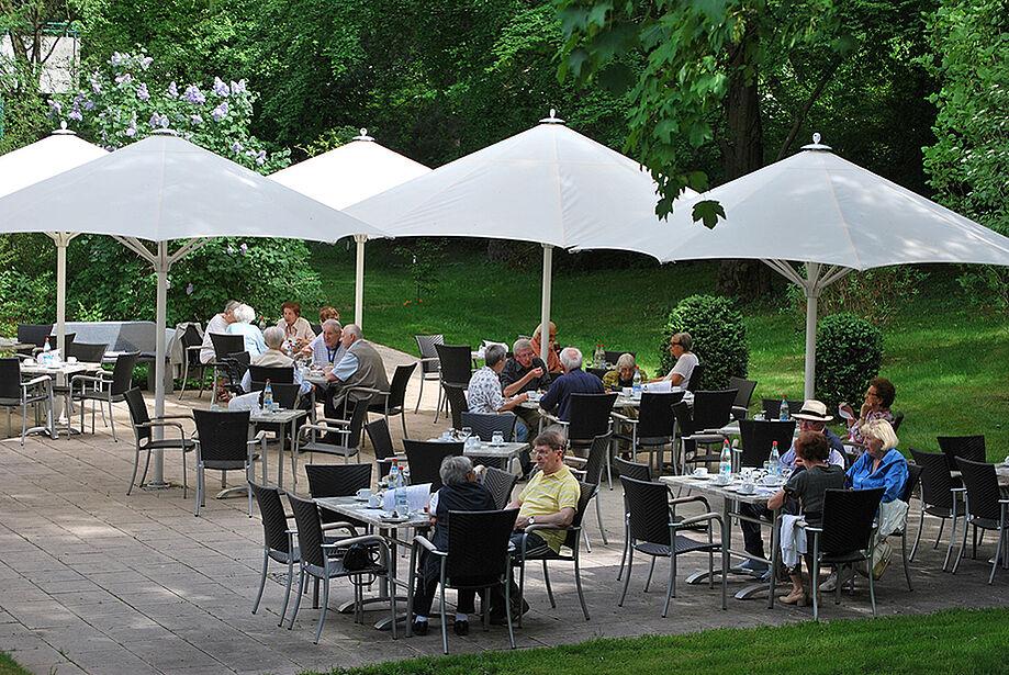 Terrassencafé im KWA Georg-Brauchle-Haus