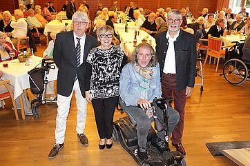 Von links: Talkmoderator Stephan Schmutz, Talkmanagerin Marina Gernard, Talkgast Stephan Grumbt, KWA Stiftsdirektor Herbert Schlecht.