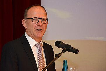 KWA Vorstand Dr. Stefan Arend eröffnete die Fachtagung: im KWA Georg-Brauchle-Haus in München