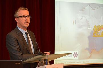 Prof. Dr. Michael Isfort