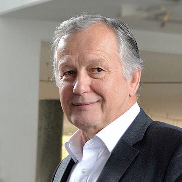 Gerhard Schaller, Leiter von KWA Bau & Immobilien, konnte im April 2020 auf 25 Jahre KWA zurückblicken, seit 20 Jahren ist er Geschäftführer von KWA Baumanagement.