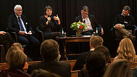 Podiumsgespräch beim KWA Symposium 2018 in München (von links): Holger Göpel, Emmi Zeulner, Prof. Dr. Thomas Klie, Tobias Lechner. --- Alle Bilder lassen sich mit einem Klick vergrößern.