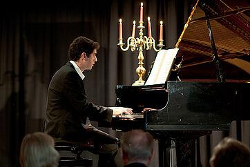 Kultur im Haus: hier ein Pianist als Gast