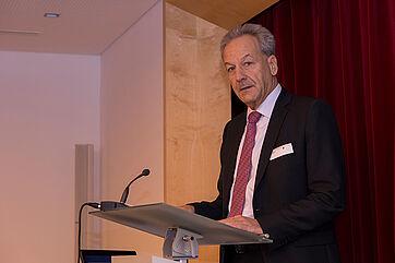 Peter Steiert, stv. Amtschef des Bayerischen Staatsministeriums für Gesundheit und Pflege