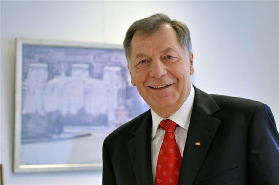 Eberhard Diepgen: im Juli 2017 auf der Dialog-Buehne im KWA Stift im Hohenzollernpark