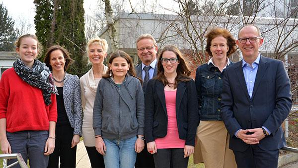 von links: Leni Maag, Verena Dietrich, Gisela Hüttis, Flurina Rathmer, Dr. Harald Parigger, Lisa Pfefferseder, Dr. Gabriele König, Dr. Stefan Arend